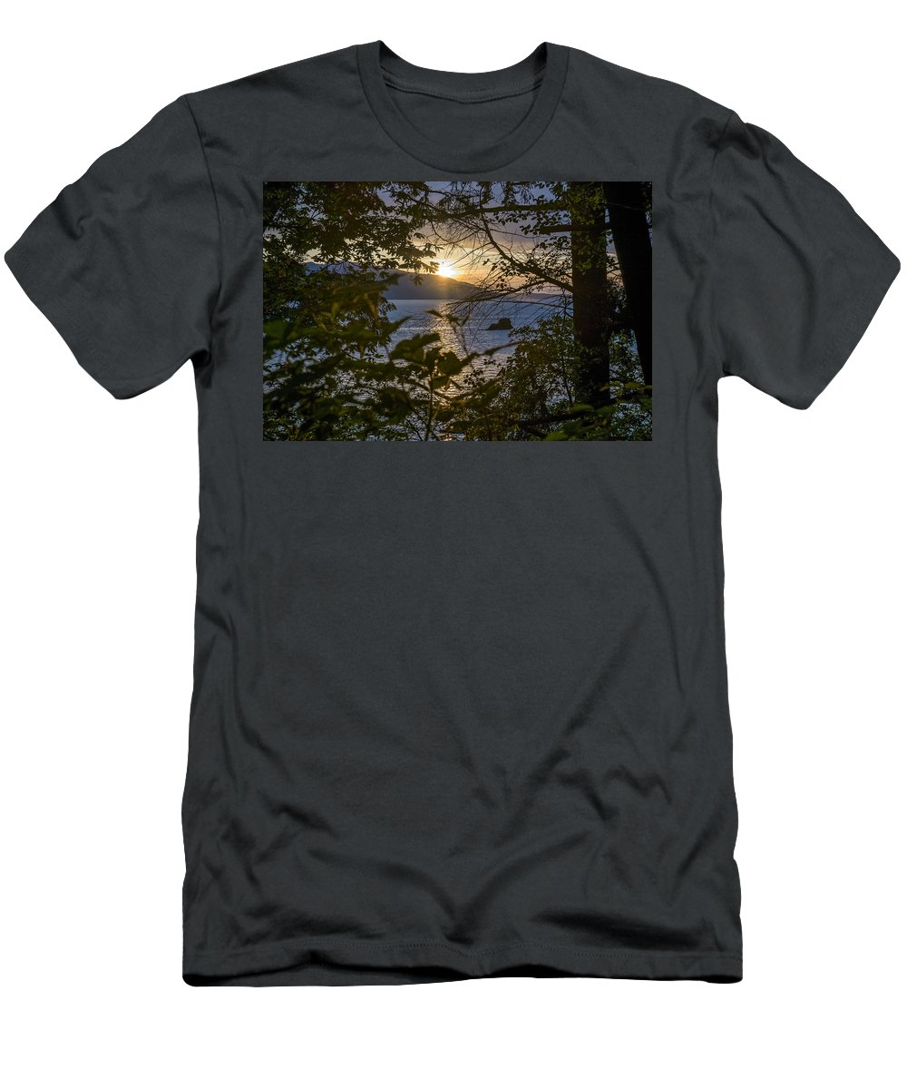 Sunset Men's T-Shirt (Athletic Fit) featuring the photograph Sunset On The Sound2 by Stephen Coletta