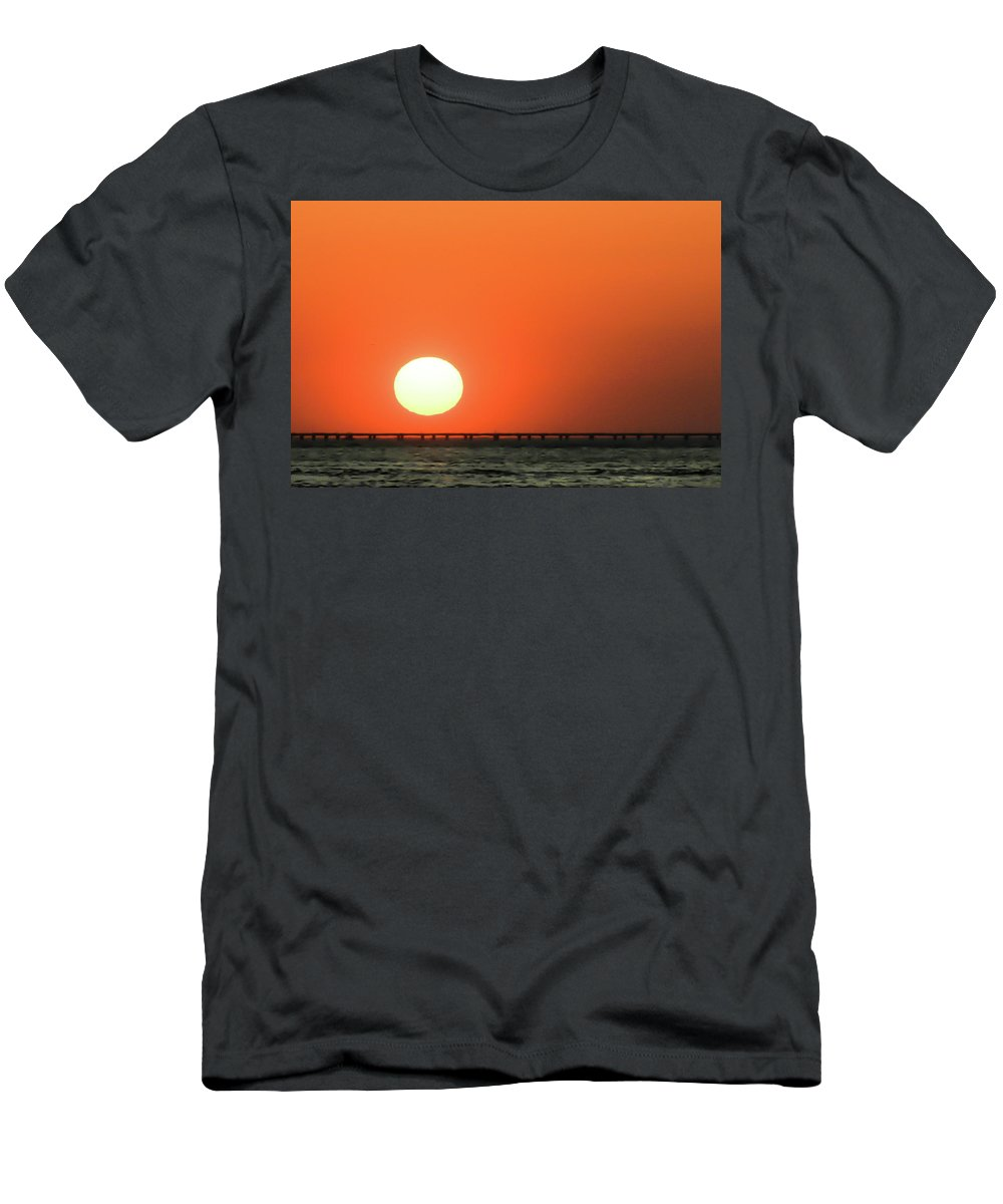 Sun Men's T-Shirt (Athletic Fit) featuring the photograph Sunset Over Chesapeake Bay by Keith Bowen
