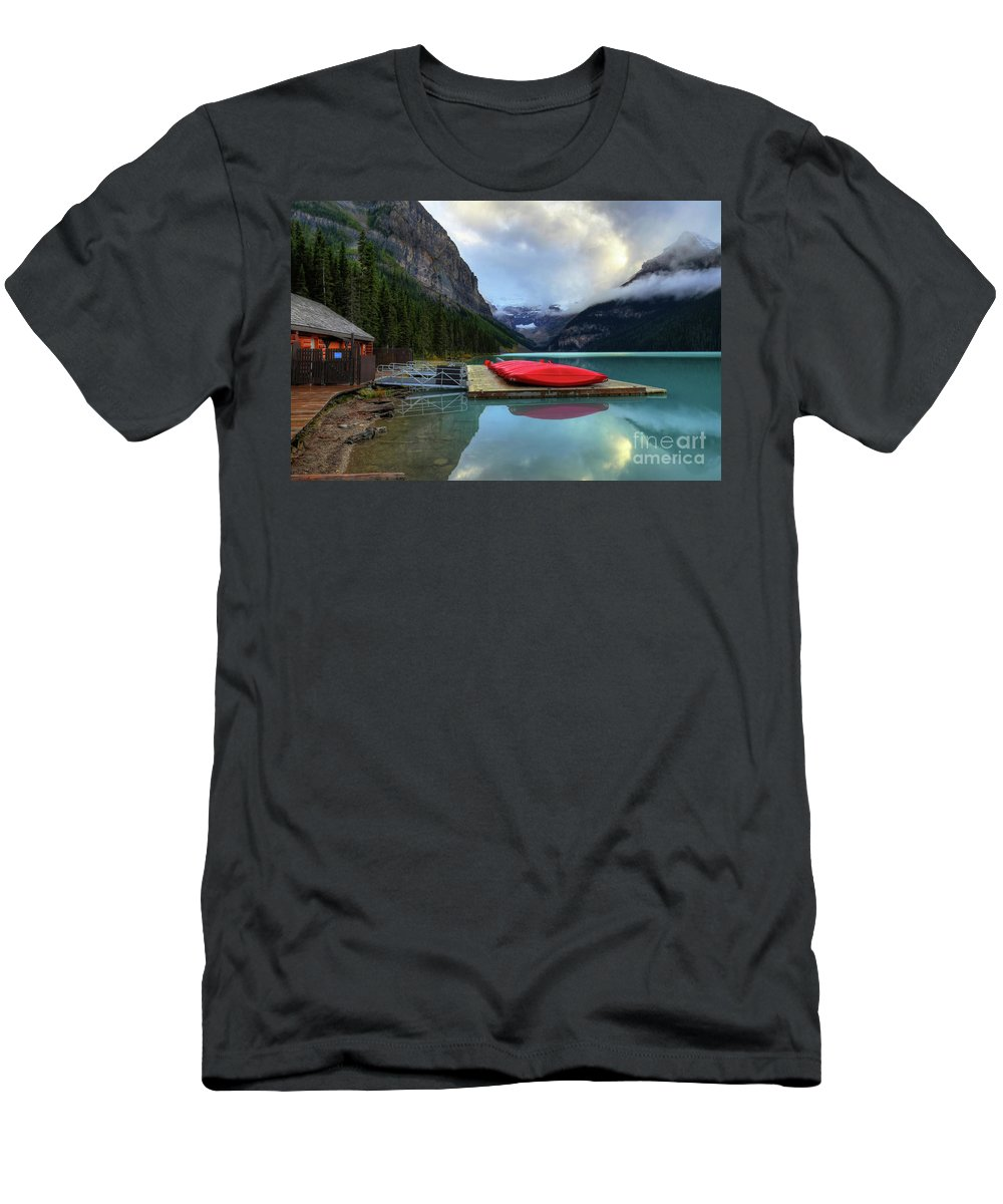 #photogtipsandtricks Men's T-Shirt (Athletic Fit) featuring the photograph The Breathtakingly Beautiful Lake Louise IIi by Wayne Moran