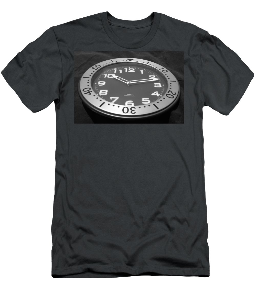 Black And White Men's T-Shirt (Athletic Fit) featuring the photograph The Clock by Rob Hans
