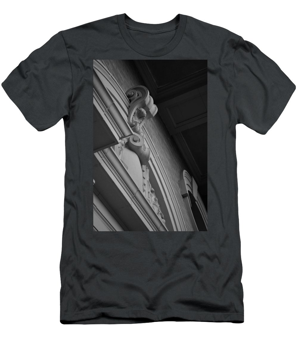 Photography Men's T-Shirt (Athletic Fit) featuring the photograph The Court 2 by Andy Johnson