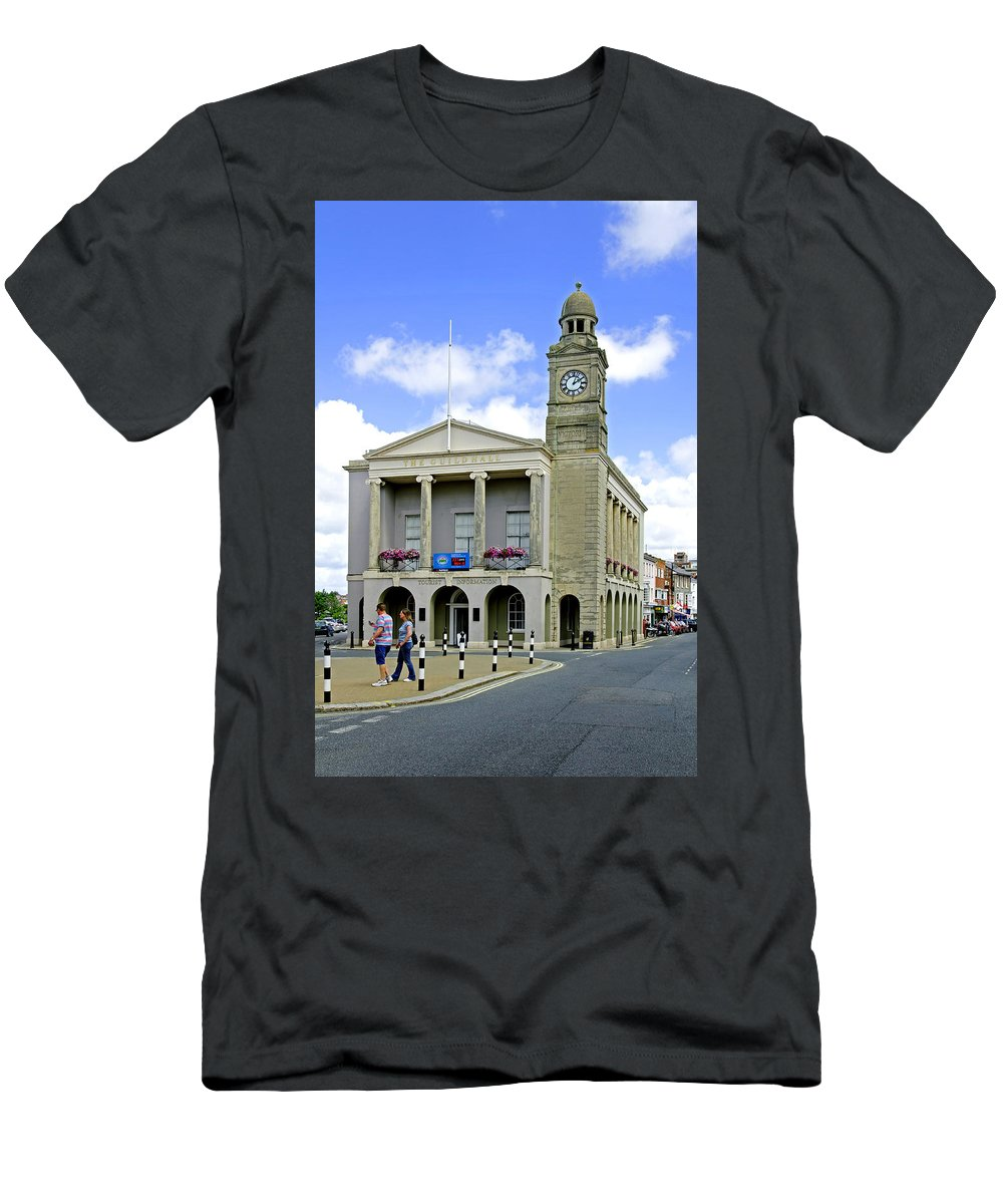 Isle Of Wight Men's T-Shirt (Athletic Fit) featuring the photograph The Guild Hall At Newport by Rod Johnson