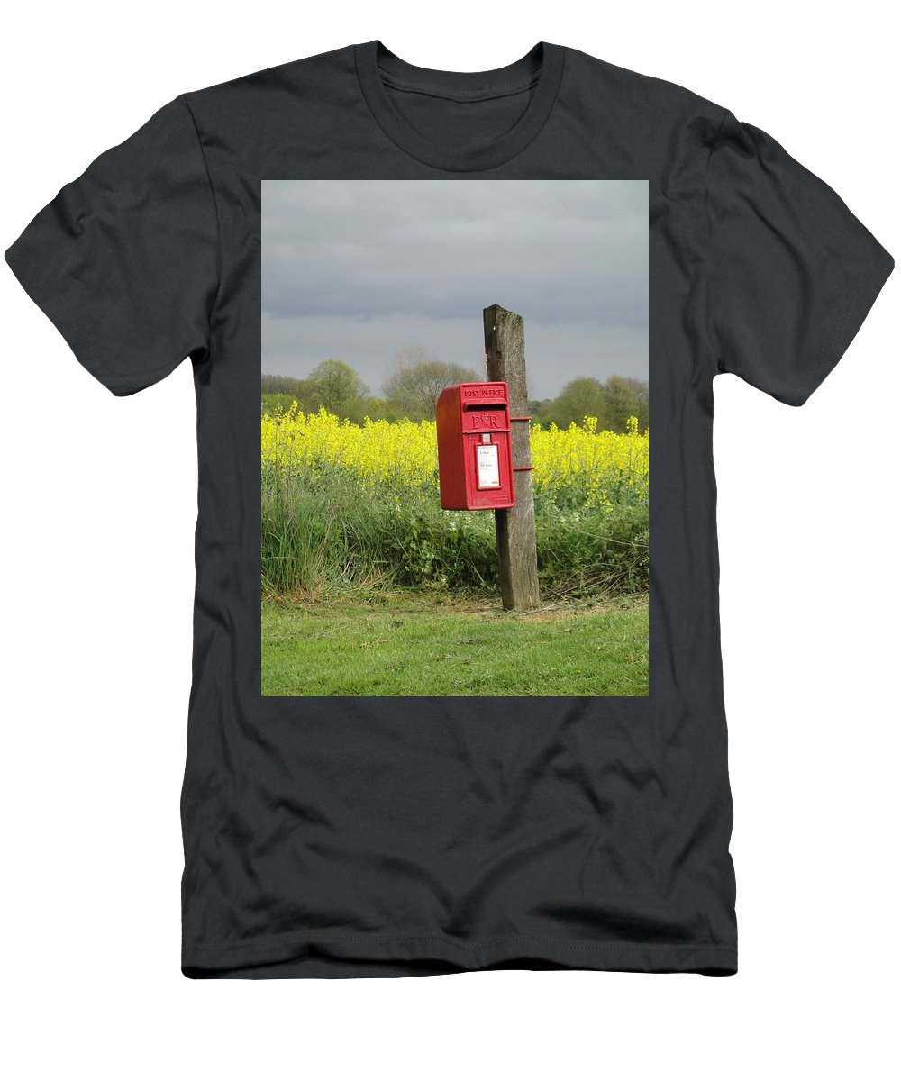 Landscape Men's T-Shirt (Athletic Fit) featuring the photograph The Last Post by Susan Baker