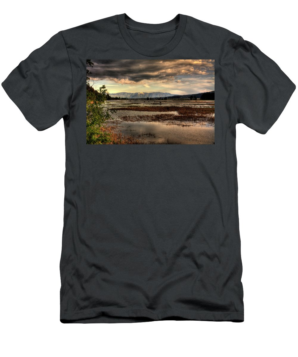 Scanic Men's T-Shirt (Athletic Fit) featuring the photograph The Lower Pack River Idaho by Lee Santa