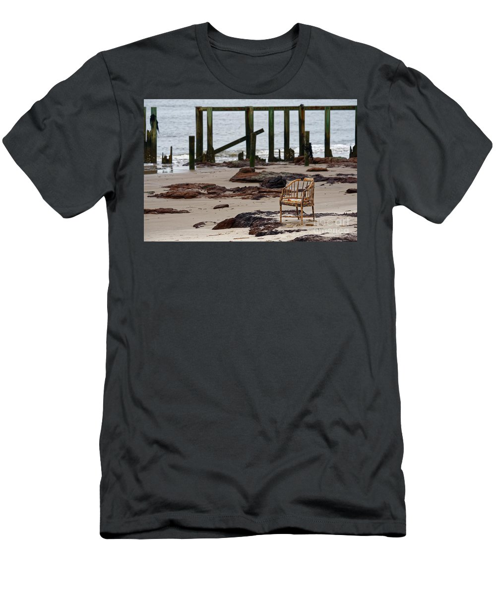 Chair Men's T-Shirt (Athletic Fit) featuring the photograph The Melrose Chair by Paul Mashburn