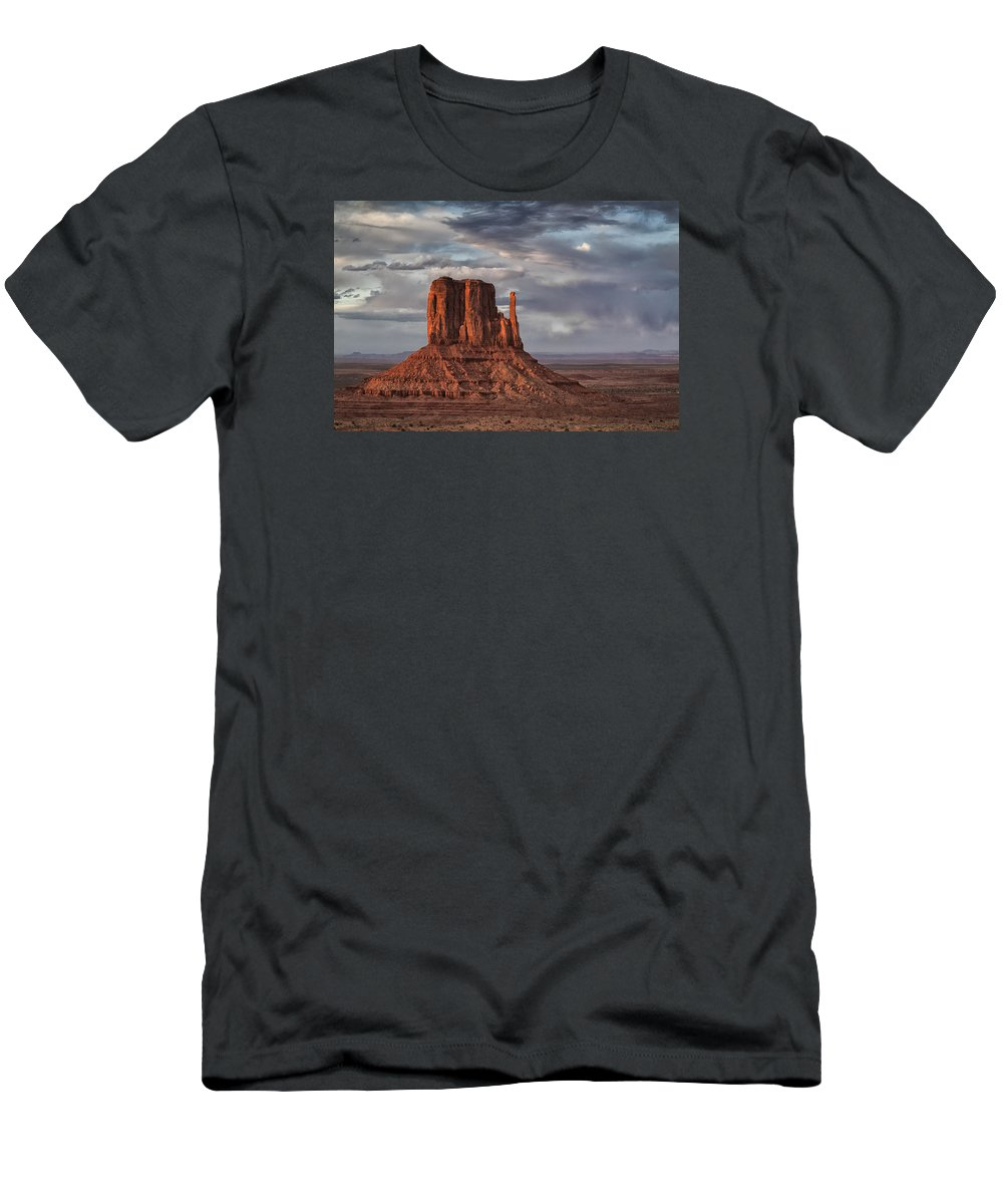 Arizona Men's T-Shirt (Athletic Fit) featuring the photograph The Mittens I by Robert Fawcett