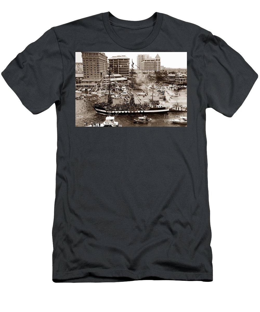 Gasparilla Men's T-Shirt (Athletic Fit) featuring the photograph The Old Crew Of Gaspar by David Lee Thompson
