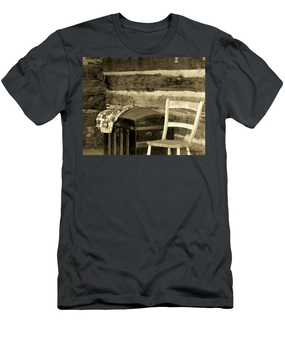 Trunk Men's T-Shirt (Athletic Fit) featuring the photograph The Old Trunk by Betty Northcutt
