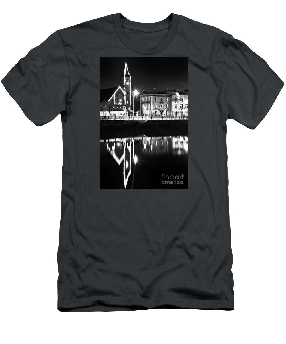 River Liffey Reflections Men's T-Shirt (Athletic Fit) featuring the photograph The River Liffey Reflections Bw by Alex Art and Photo