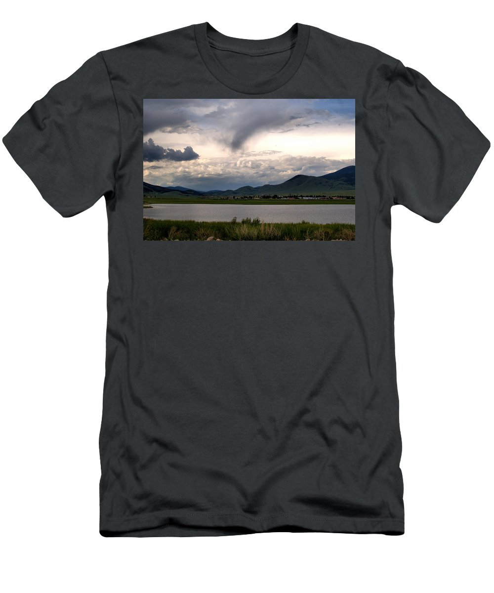 New Mexico Men's T-Shirt (Athletic Fit) featuring the photograph The Town Of Eagle Nest by Chris Giese