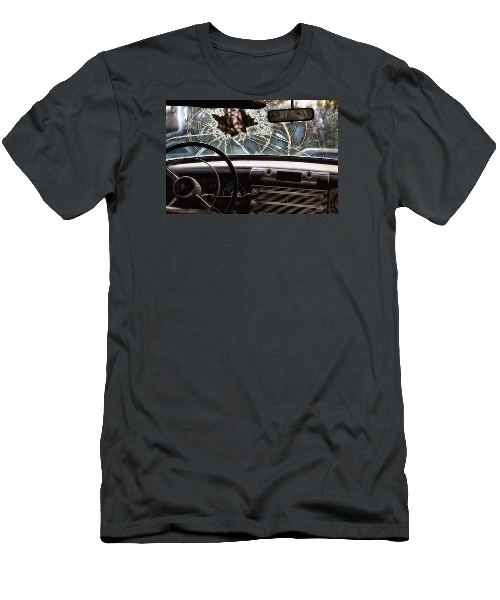 Junk Car Men's T-Shirt (Athletic Fit) featuring the photograph The Windshield by Daniel George