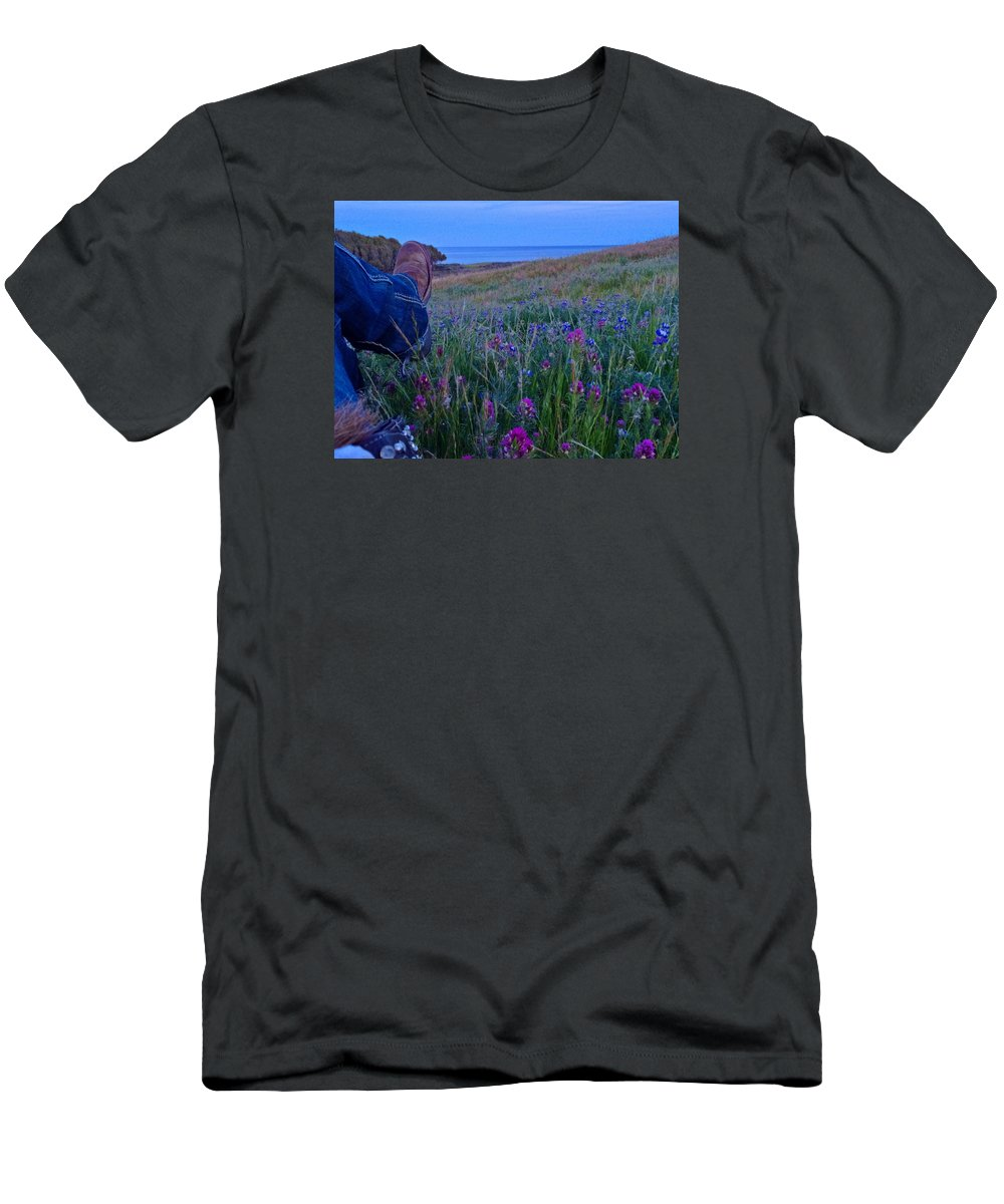 Owls Clover Men's T-Shirt (Athletic Fit) featuring the photograph Time Out by JoJo Brown
