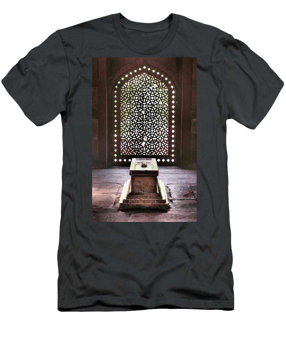 New Delhi Men's T-Shirt (Athletic Fit) featuring the photograph Tomb At The Humayun Temple Complex by Kirk Dearden