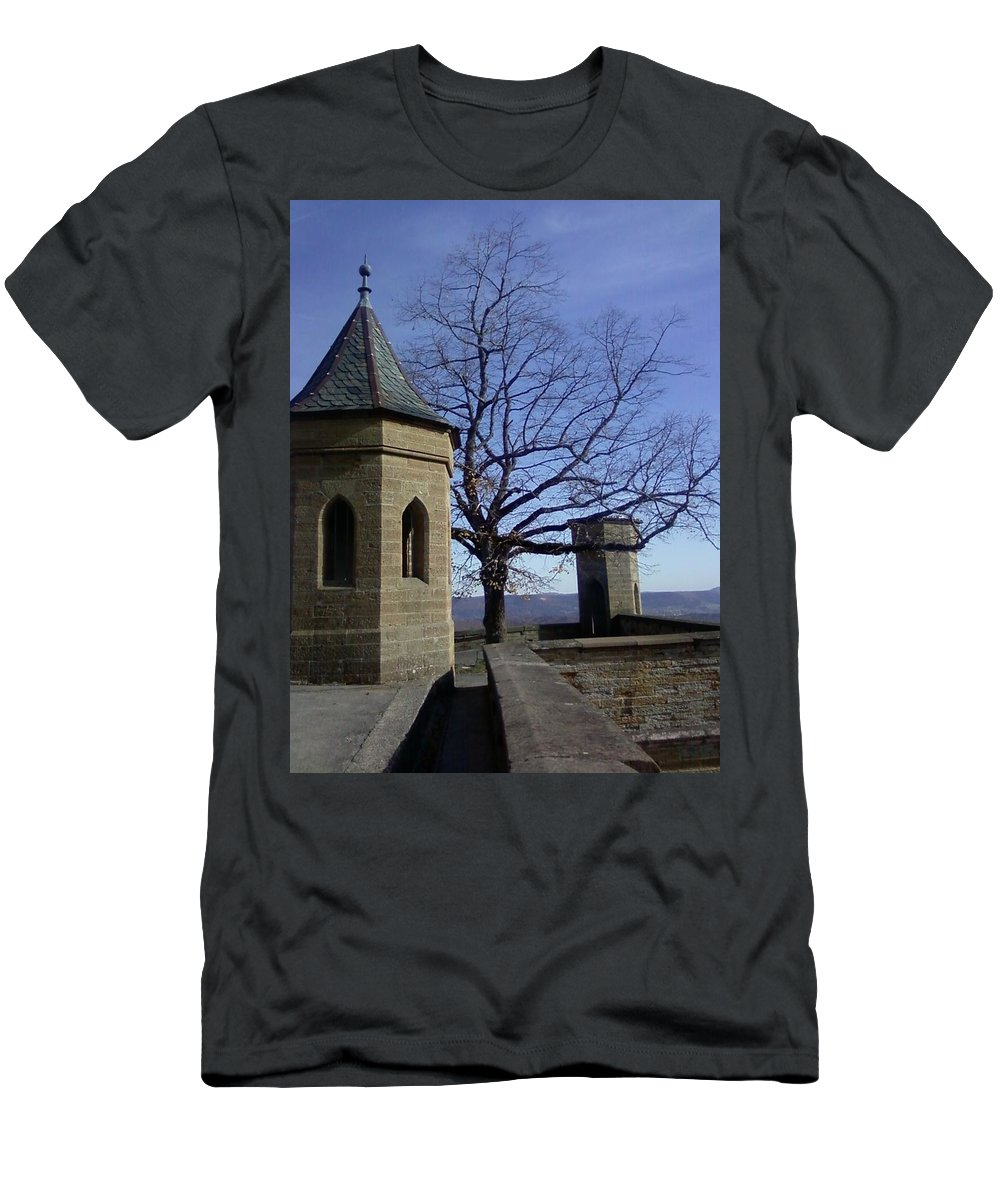Castle Men's T-Shirt (Athletic Fit) featuring the photograph Tree On The Castle Wall by David McGill