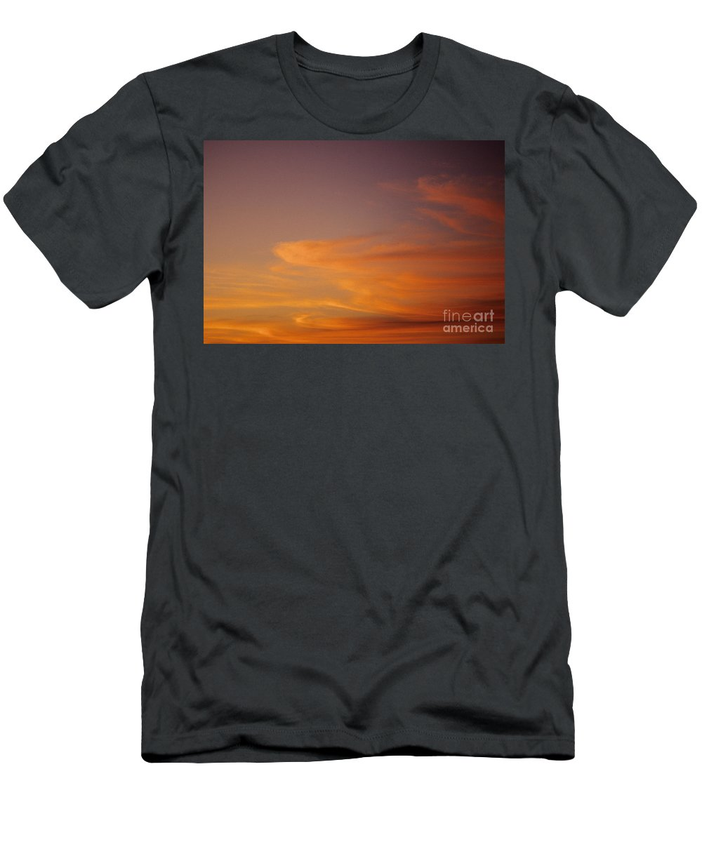 Afternoon Men's T-Shirt (Athletic Fit) featuring the photograph Vibrant Sunset by Carl Shaneff - Printscapes