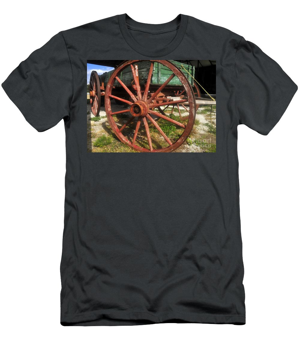 Wagon Men's T-Shirt (Athletic Fit) featuring the photograph Wagon And Wheel by David Lee Thompson