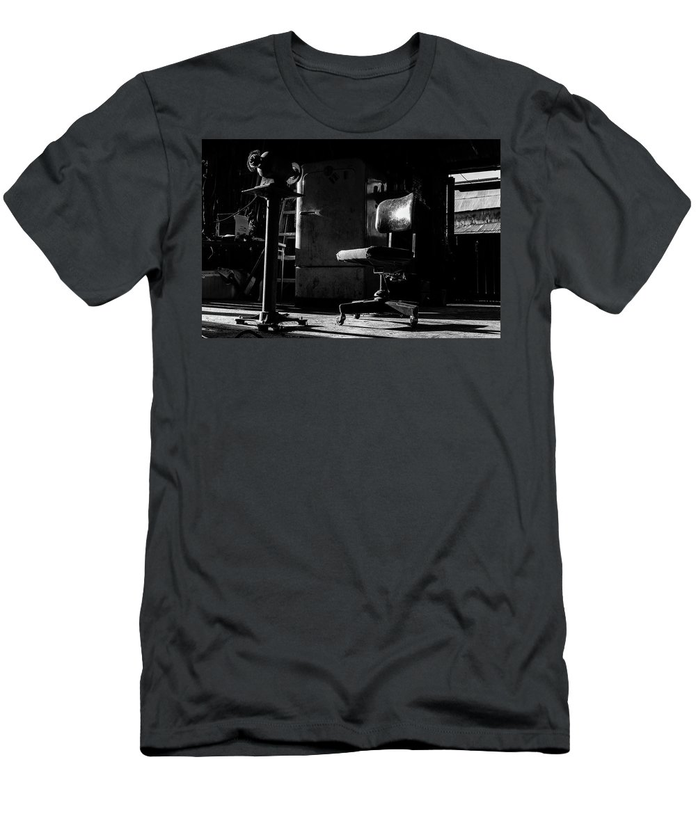 Abandoned Men's T-Shirt (Athletic Fit) featuring the photograph Waiting For Grandpa by Charles Scrofano Jr