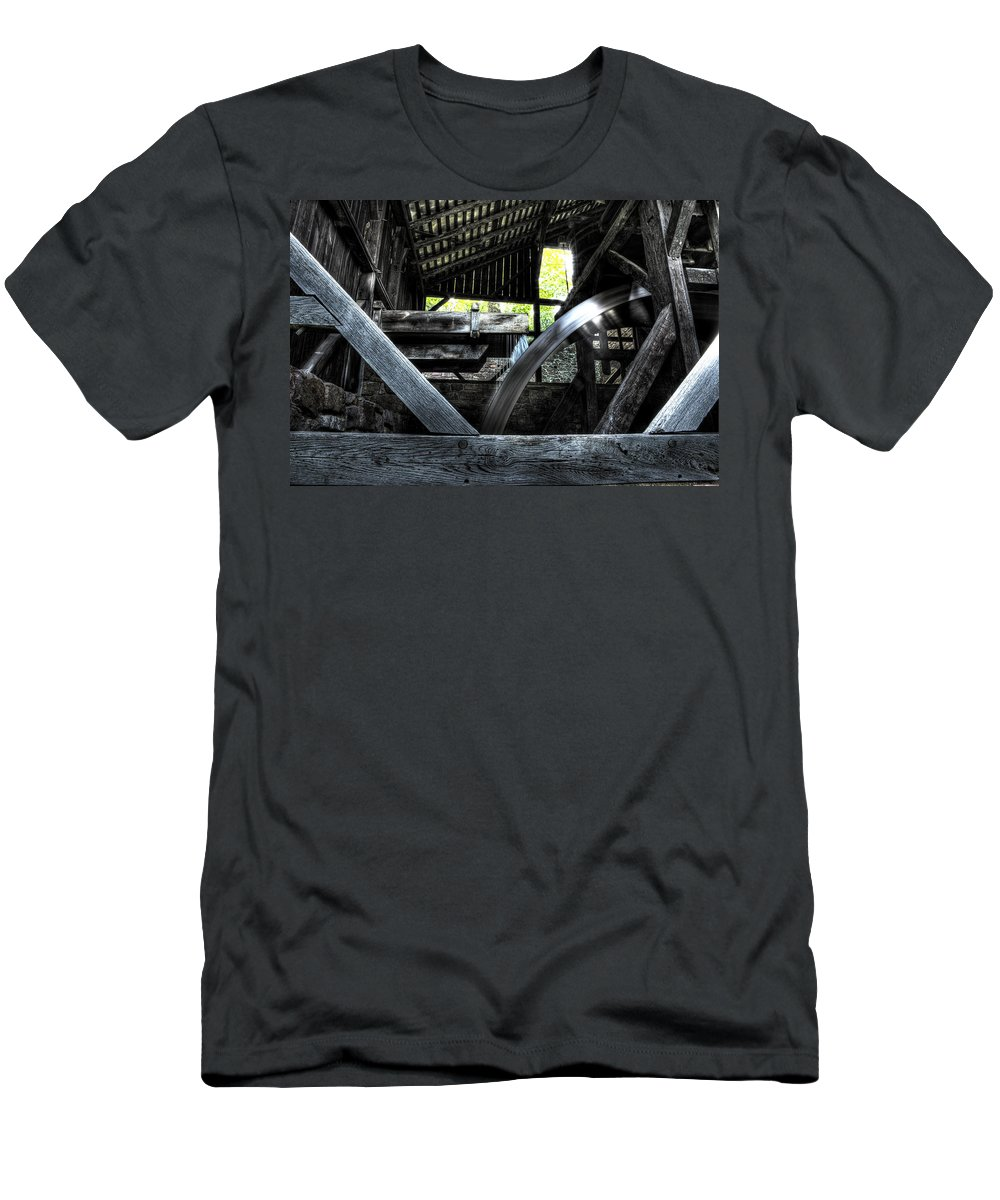 Farm Men's T-Shirt (Athletic Fit) featuring the photograph Water Wheel by Scott Wyatt