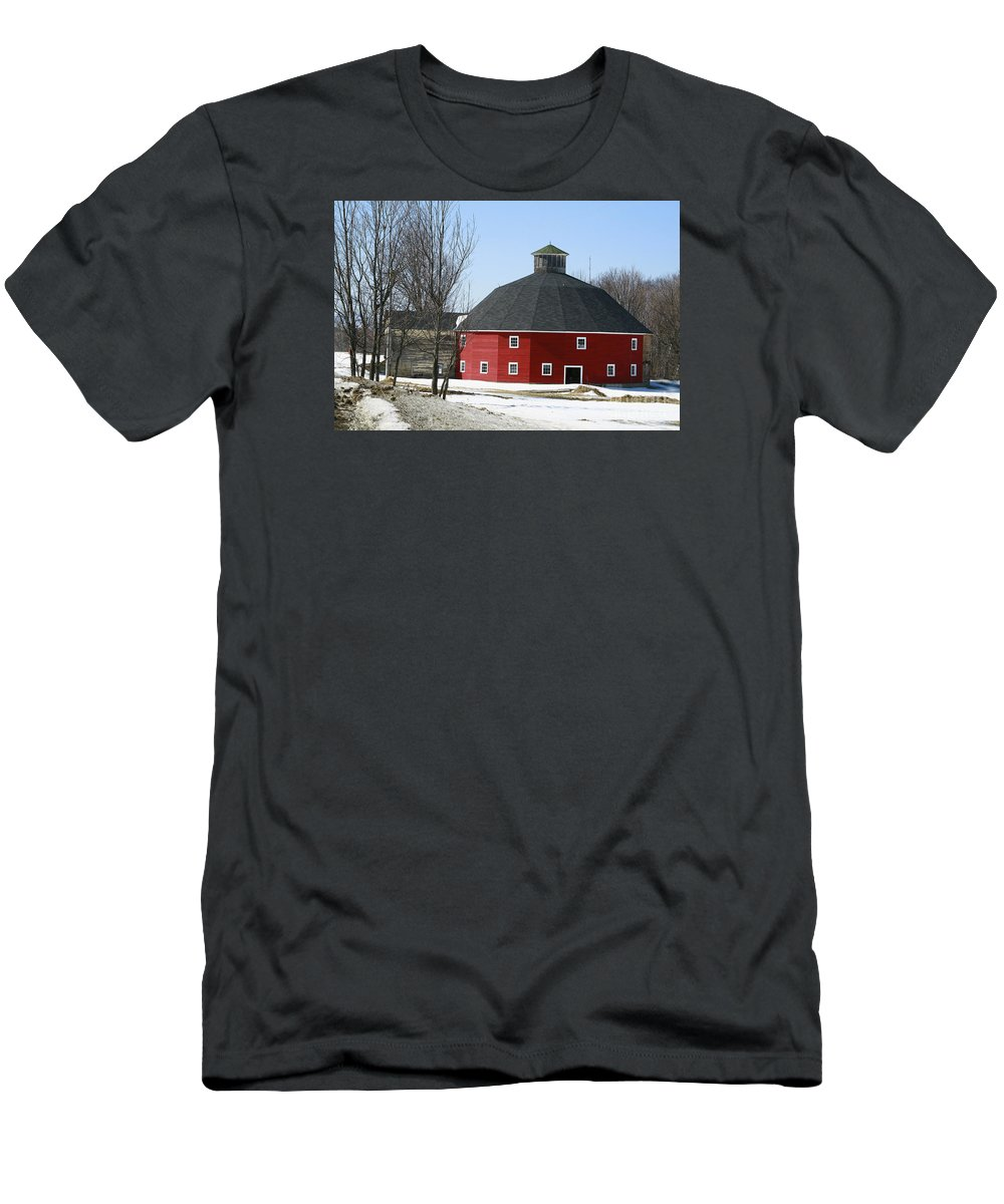 Barn Men's T-Shirt (Athletic Fit) featuring the photograph Welch Round Barn by Deborah Benoit