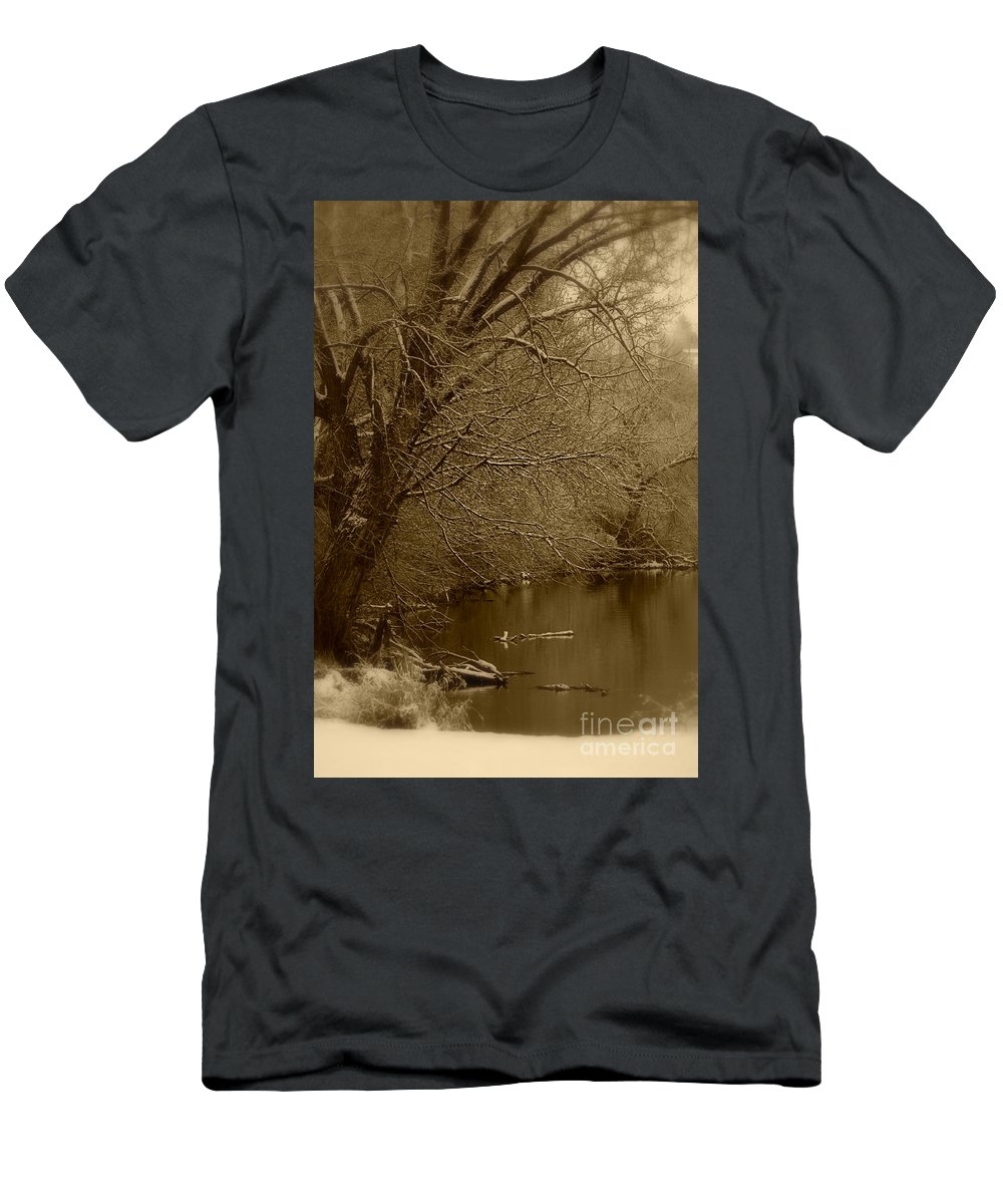 Winter Men's T-Shirt (Athletic Fit) featuring the photograph Where The Otters Play by Carol Groenen