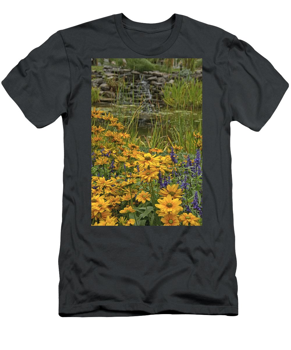 Black Eyes Susan Men's T-Shirt (Athletic Fit) featuring the photograph Wildflowers 3 by Michael Cummings