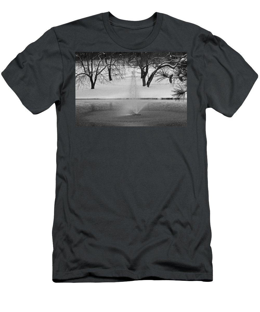 Landscape Men's T-Shirt (Athletic Fit) featuring the photograph Winter Fountain by David Campbell