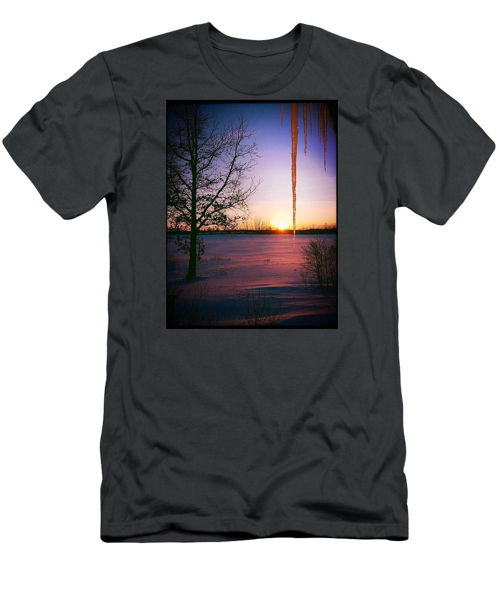 Sunset Men's T-Shirt (Athletic Fit) featuring the photograph Winters Glow by Karen Dzielsky