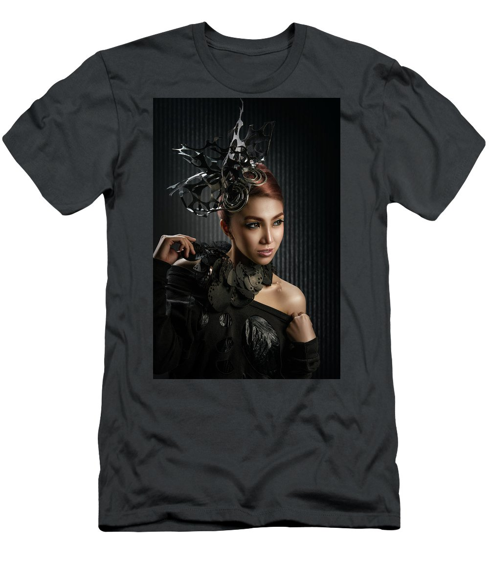Beauty Shot Men's T-Shirt (Athletic Fit) featuring the photograph Woman With Black Metallic Headdress by Erich Caparas
