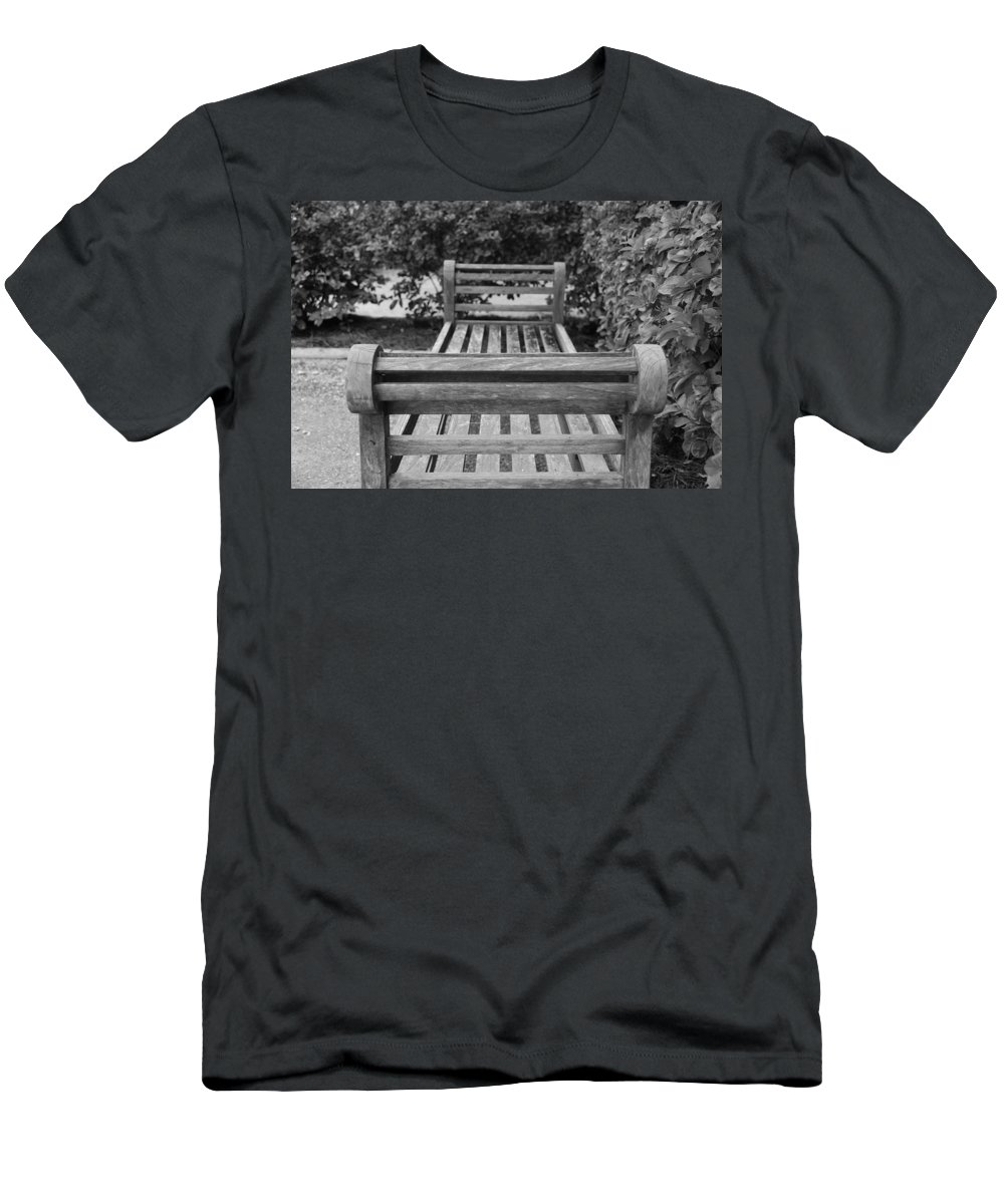 Bushes Men's T-Shirt (Athletic Fit) featuring the photograph Wooden Bench by Rob Hans