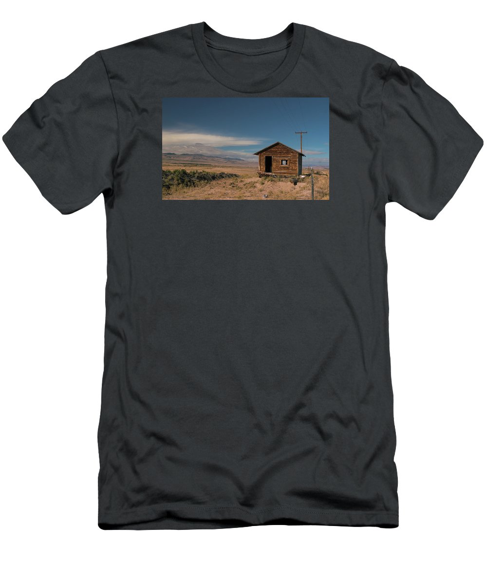 Shack Men's T-Shirt (Athletic Fit) featuring the photograph Wyoming Shack by Grant Groberg