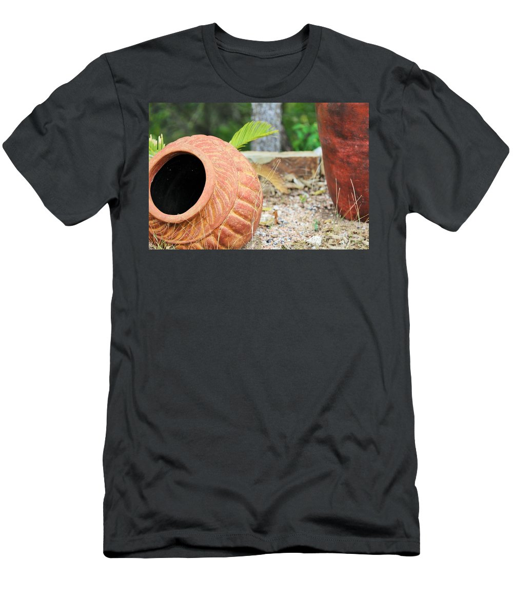 Men's T-Shirt (Athletic Fit) featuring the photograph Ya030 by Jeff Downs