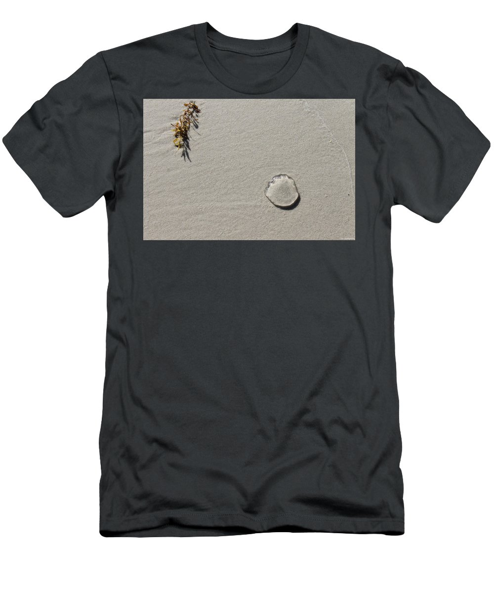 Kelp Men's T-Shirt (Athletic Fit) featuring the photograph Yearning by Laura Martin