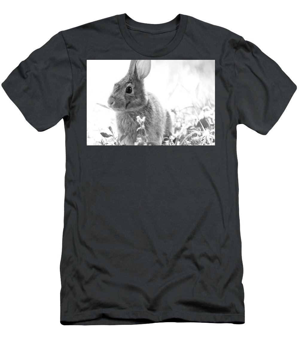 Wildlife Men's T-Shirt (Athletic Fit) featuring the photograph Bunner-foo by Martina Schneeberg-Chrisien