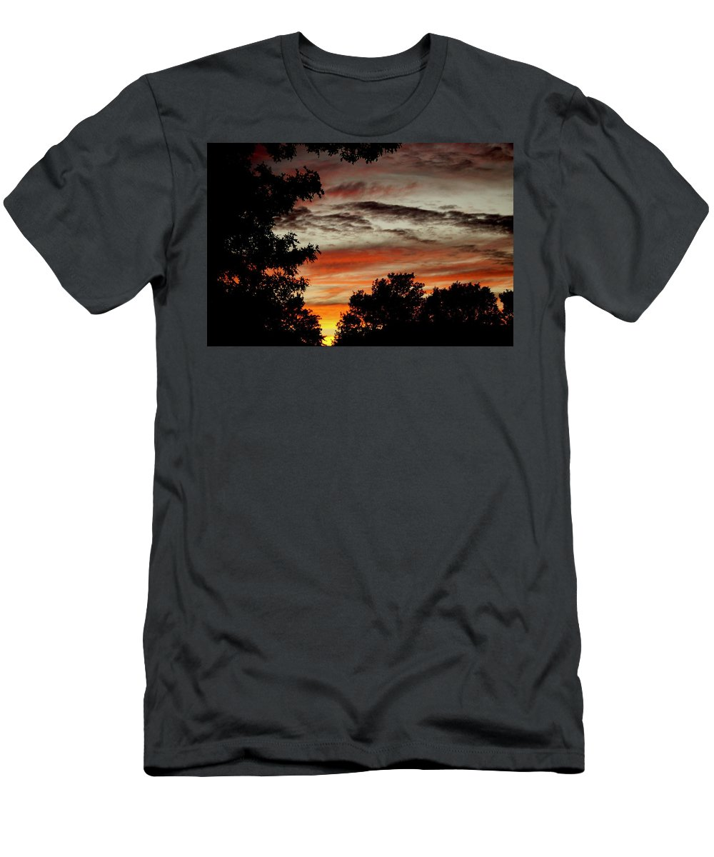 Sunsets Men's T-Shirt (Athletic Fit) featuring the photograph Backyard Sunset by Linda Cupps