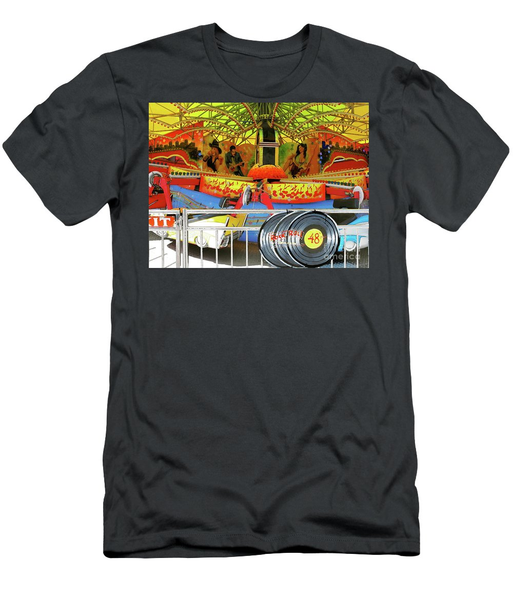 Trimpers Funland Men's T-Shirt (Athletic Fit) featuring the photograph 48 R P M by Anthony Pelosi