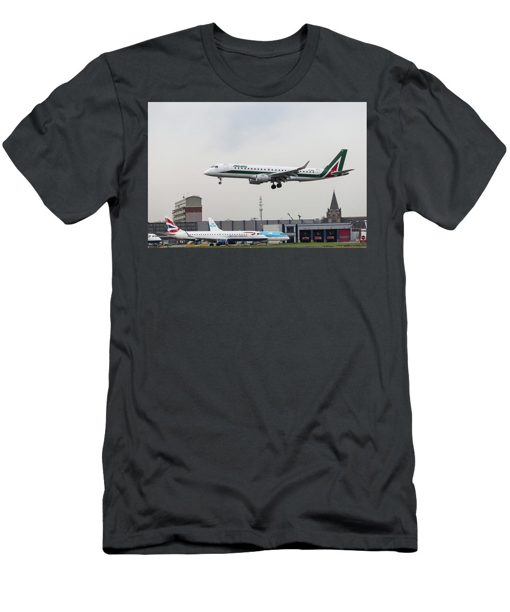 Bird Near Miss Men's T-Shirt (Athletic Fit) featuring the photograph Alitalia Embraer 190 Bird Near Miss by David Pyatt