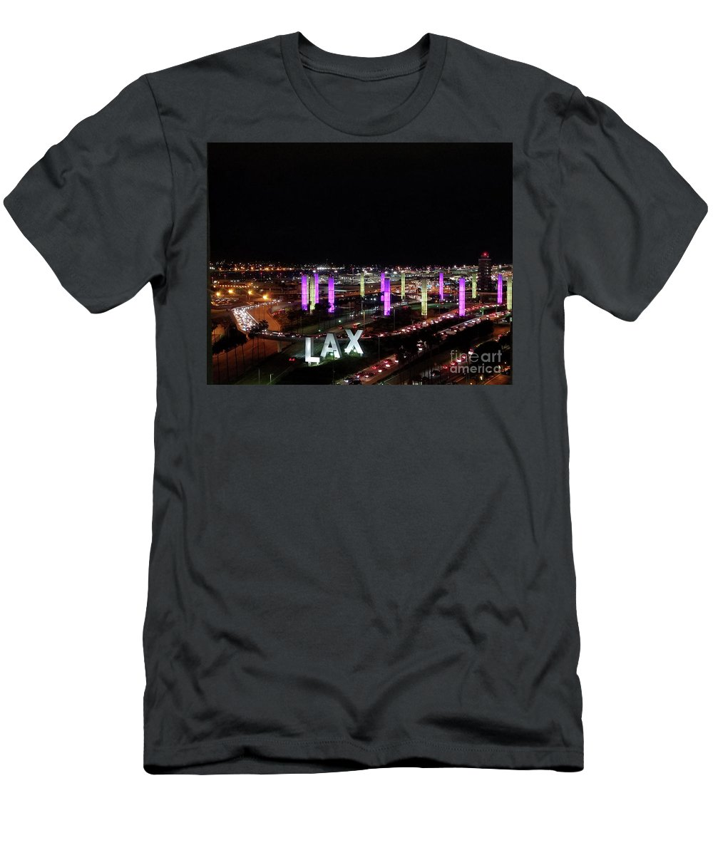 I Love La Men's T-Shirt (Athletic Fit) featuring the photograph Coming And Going In The Heart Of L A At Night-time by Ginger Goodspeed
