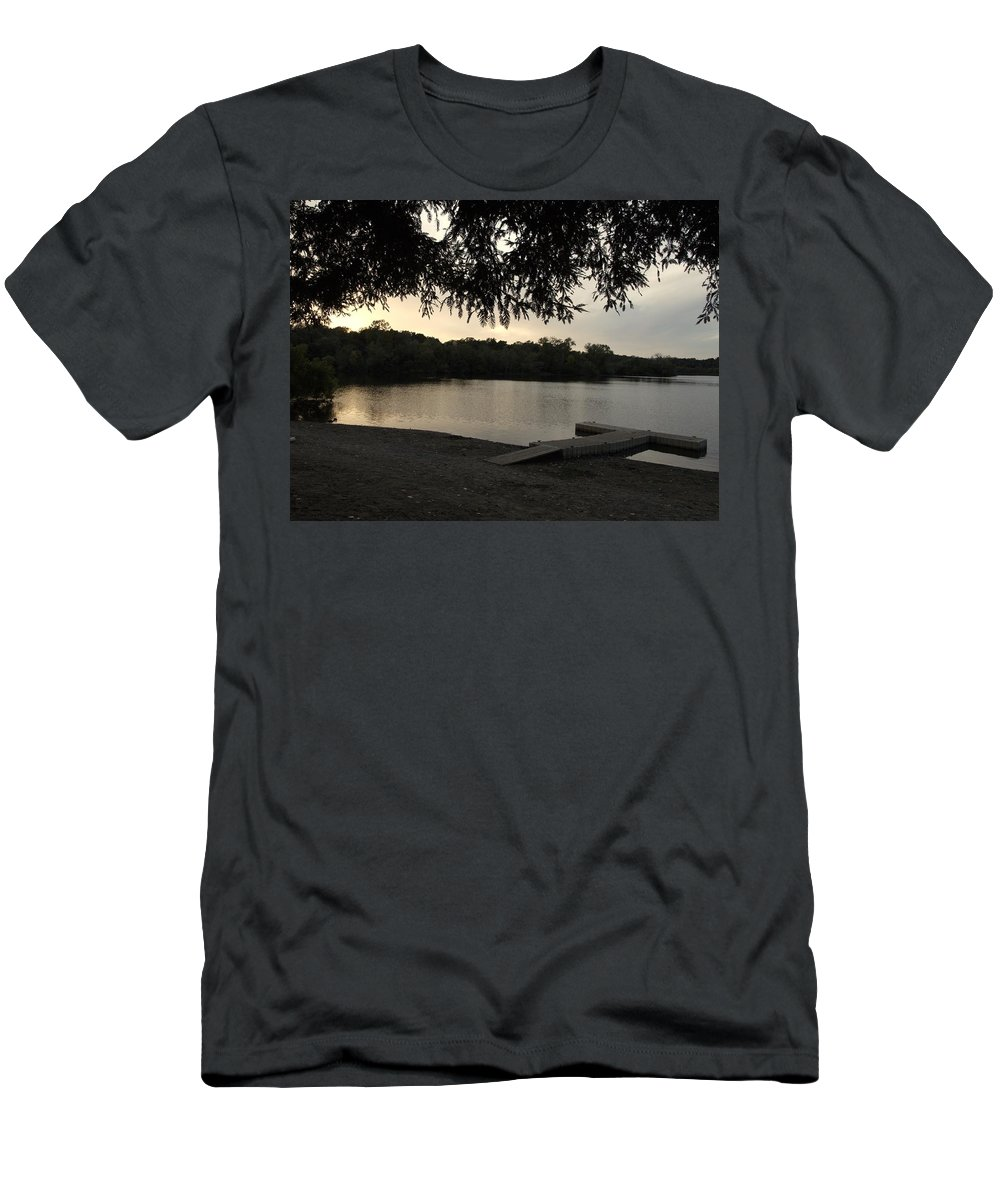 Landscape Men's T-Shirt (Athletic Fit) featuring the photograph Peaceful Sunset At The Park by Richard Thomas