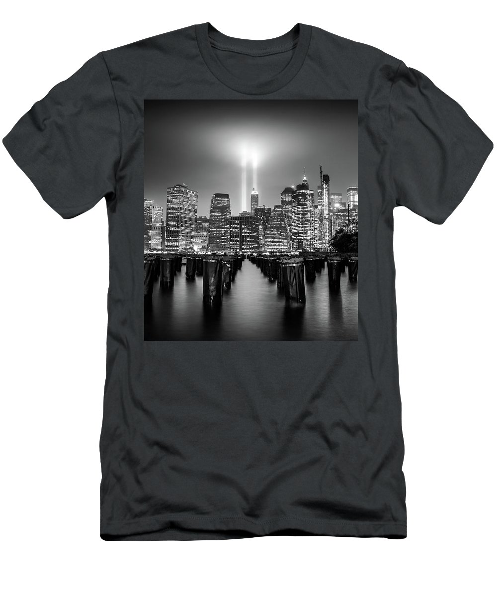 New York T-Shirt featuring the photograph Spirit of New York by Nicklas Gustafsson