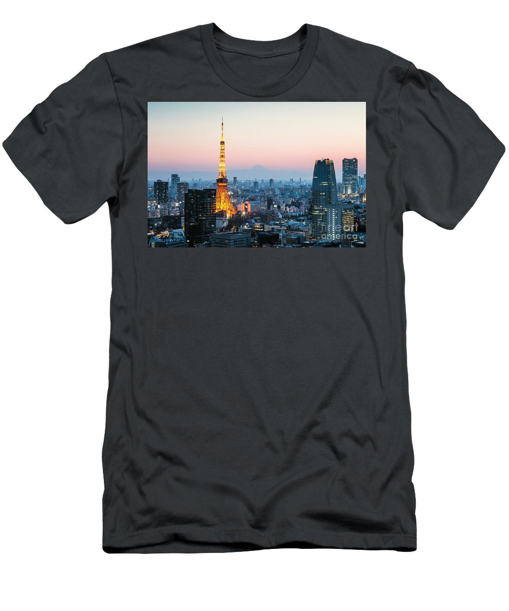 Tokyo Skyline Photographs T-Shirts