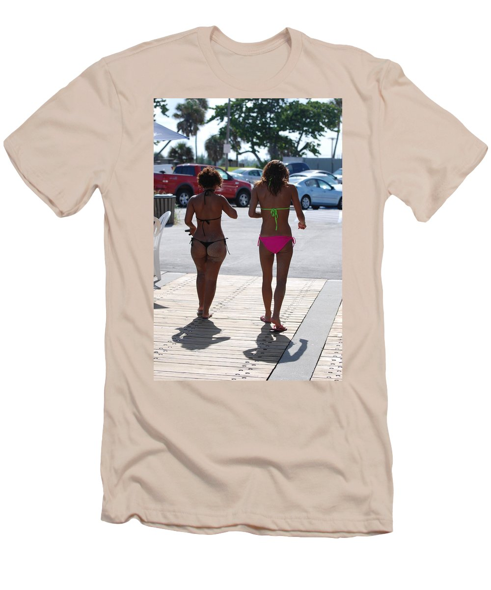 Portriat Men's T-Shirt (Athletic Fit) featuring the photograph L W Thong by Rob Hans