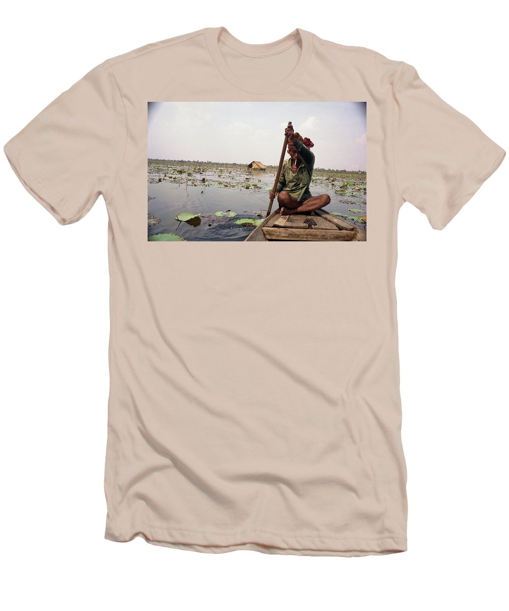 Cambodia Men's T-Shirt (Athletic Fit) featuring the photograph Boatman - Battambang by Patrick Klauss