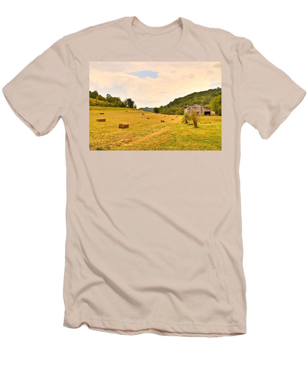 Pastorial Men's T-Shirt (Athletic Fit) featuring the photograph Pastorial Framland In Kentucky by Douglas Barnett