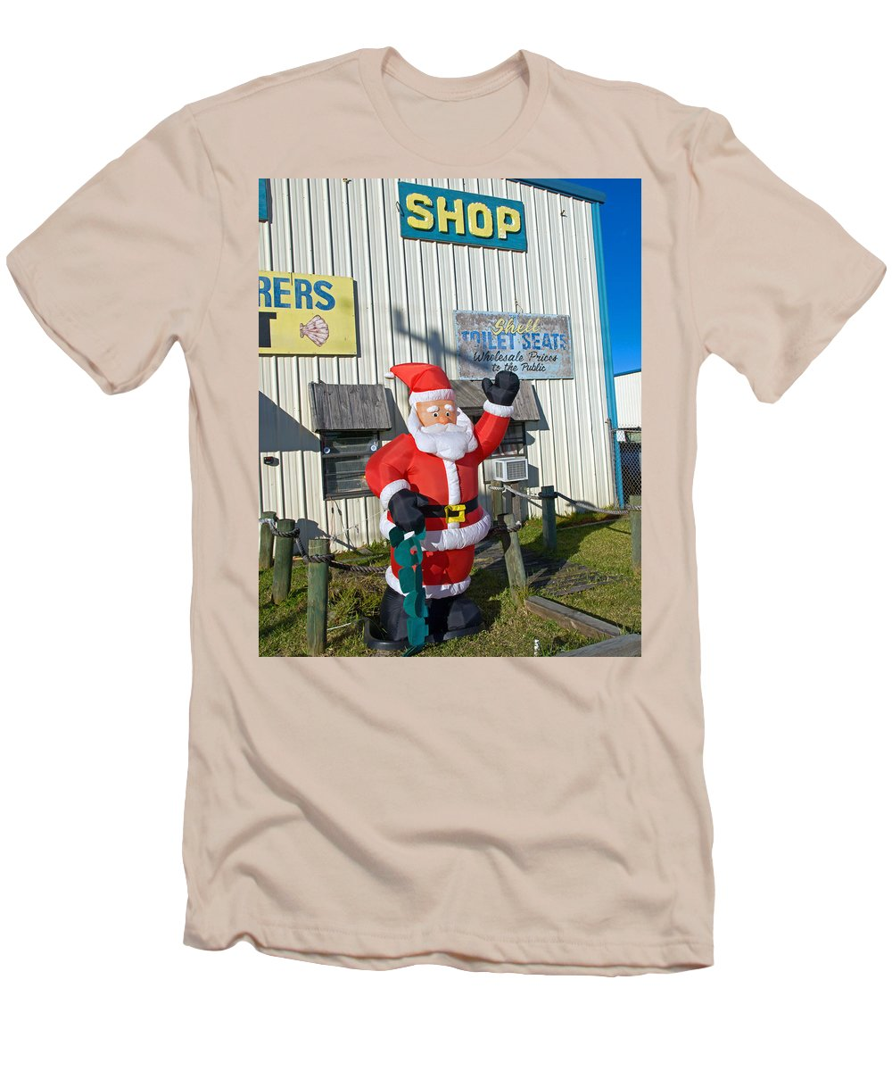 Florida; Christmas; Gift; Santa; Claus; Suggestion; Suggest; Present; Recommend; Recommendation; Cap Men's T-Shirt (Athletic Fit) featuring the photograph Seashell Seats For Christmas by Allan Hughes