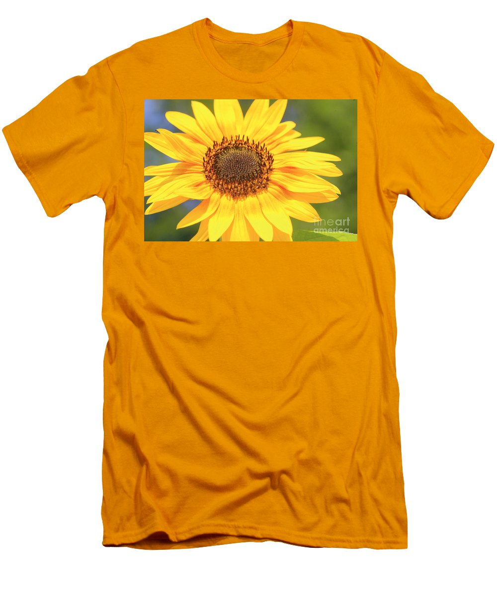 Flower Men's T-Shirt (Athletic Fit) featuring the photograph Aburst Of Yellow by Robert Pearson