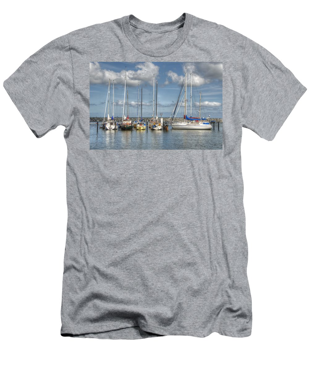 Ostsee Men's T-Shirt (Athletic Fit) featuring the pyrography Hafen Barth by Steffen Gierok