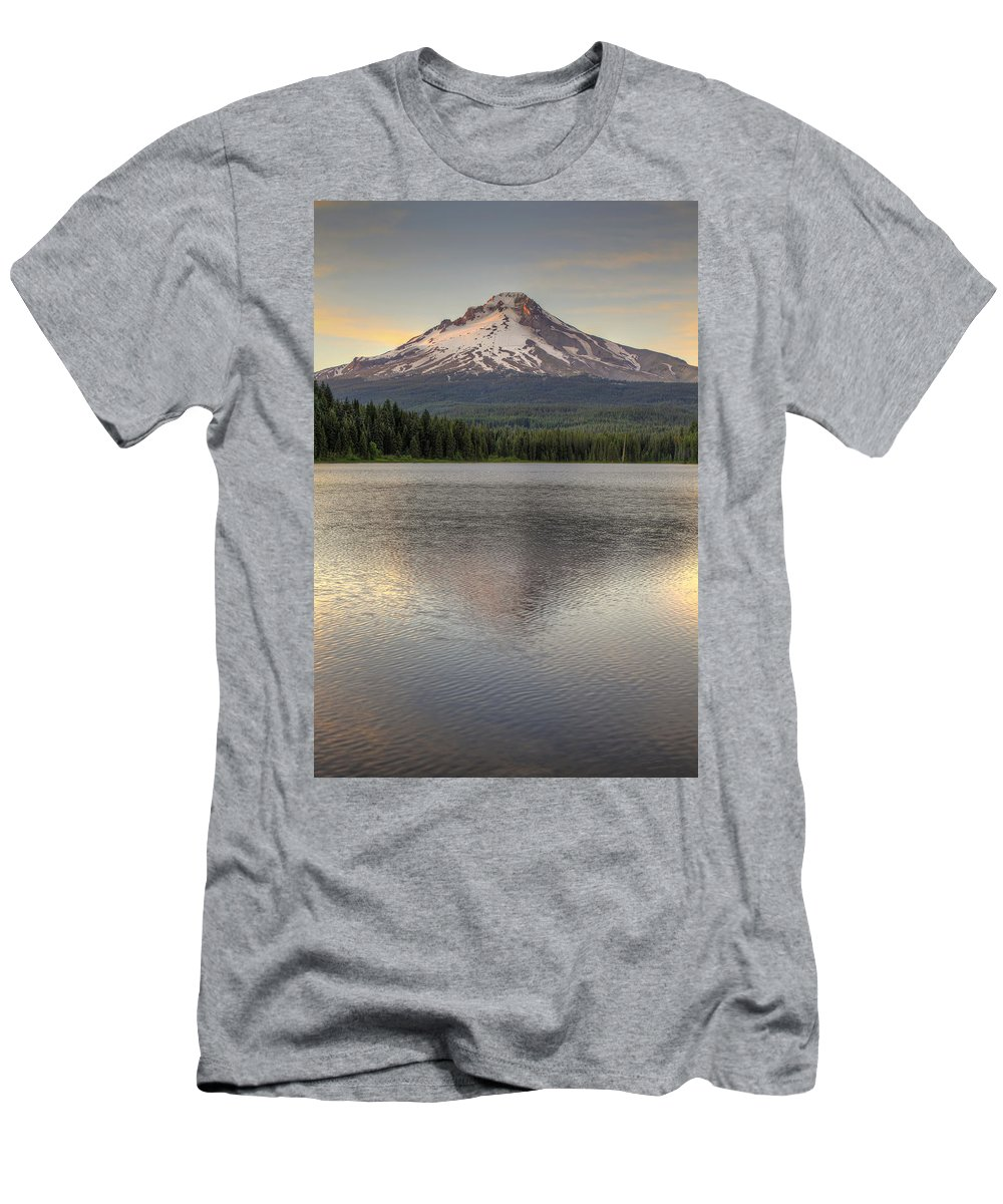 Mount Men's T-Shirt (Athletic Fit) featuring the photograph Mount Hood At Trillium Lake Sunset by David Gn