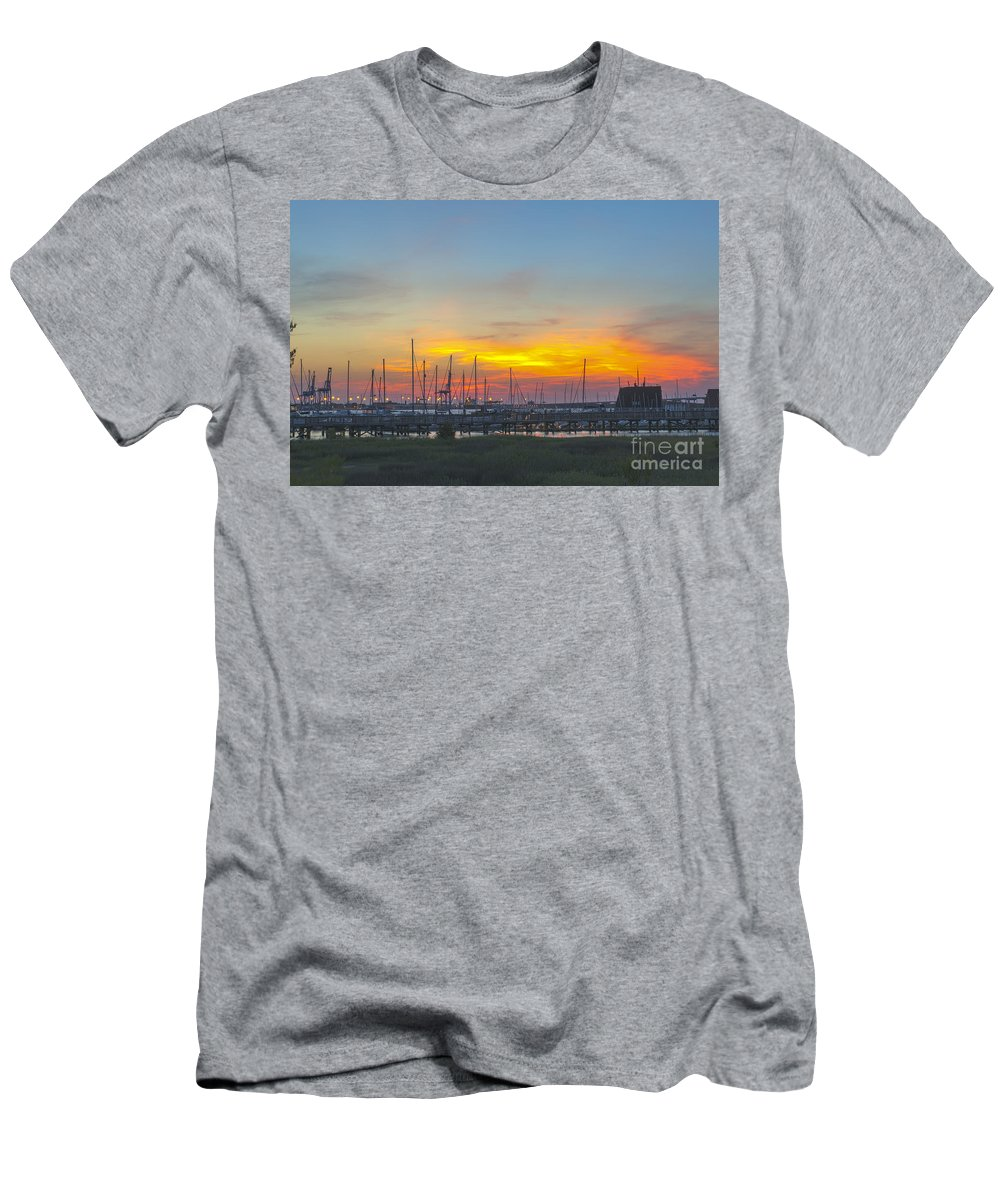 Sunset Men's T-Shirt (Athletic Fit) featuring the photograph Patriots Point Sunset by Dale Powell