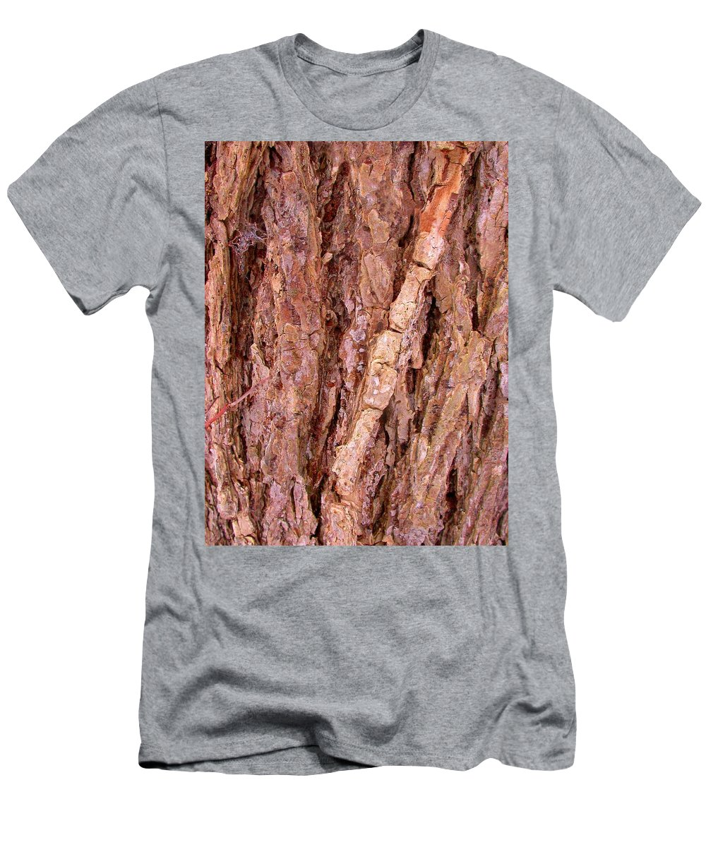 Oak Tree Men's T-Shirt (Athletic Fit) featuring the photograph Patterns In The Wood by Cynthia Wallentine