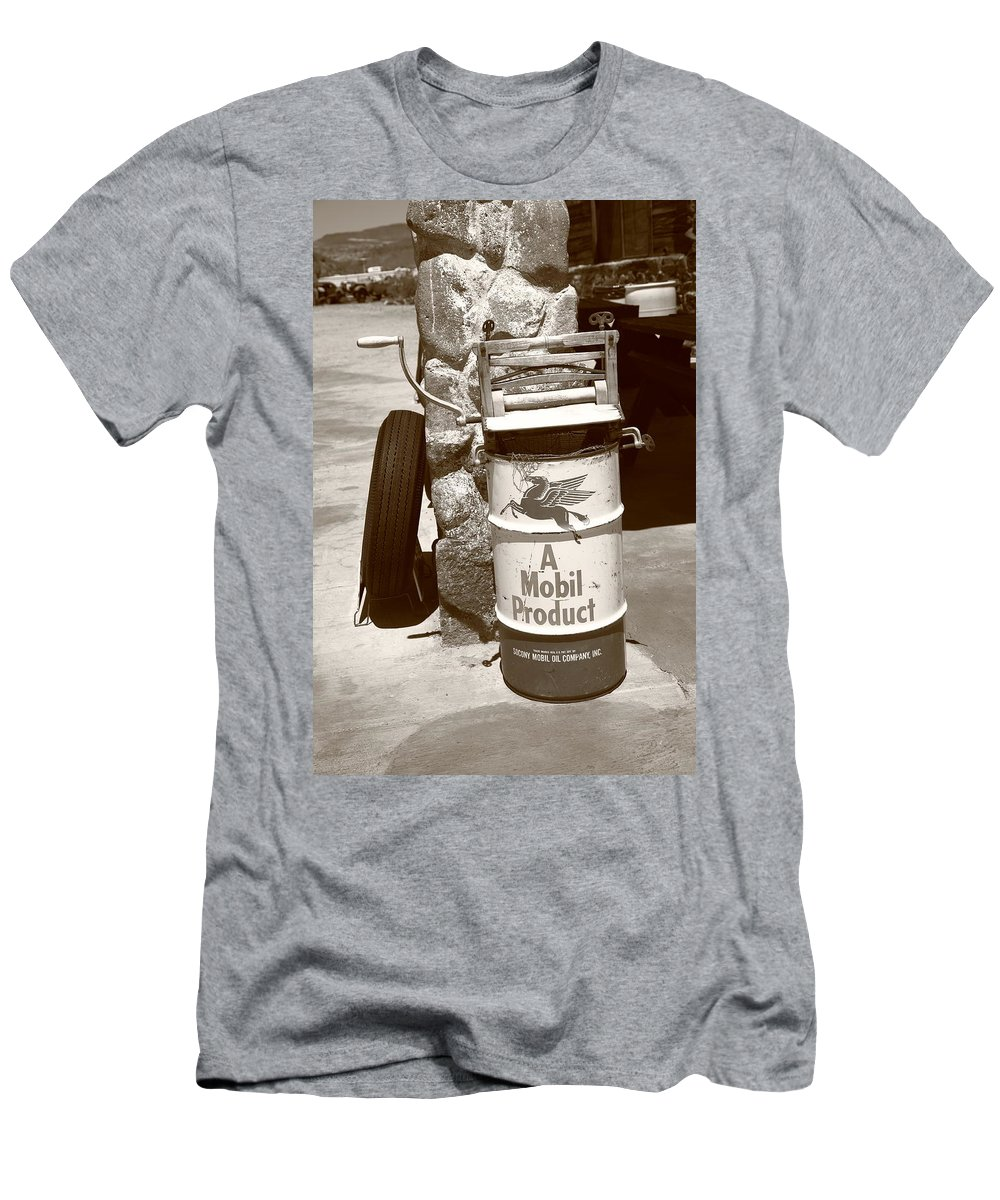 66 Men's T-Shirt (Athletic Fit) featuring the photograph Route 66 Filling Station by Frank Romeo